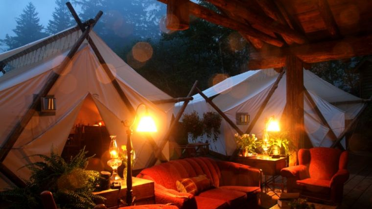 000360-01-outdoor-lounge-tent-night