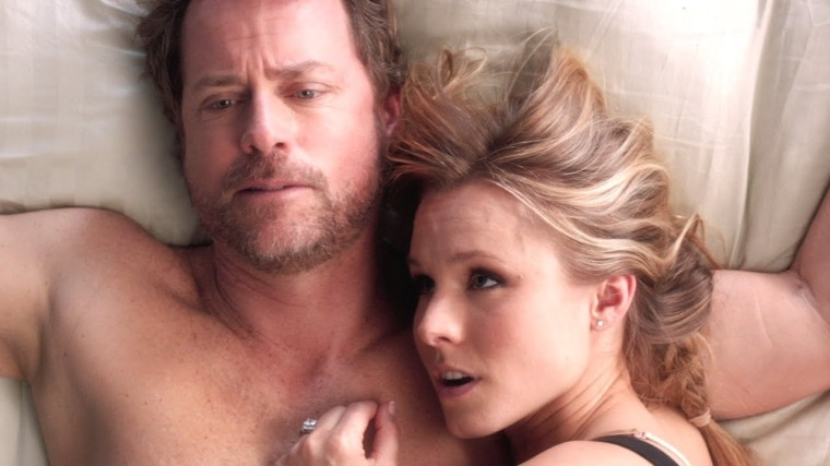 Greg Kinnear and Kristen Bell